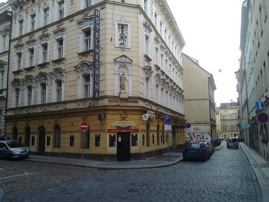 Koruna: Здание отеля