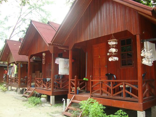 D'Ayumni House