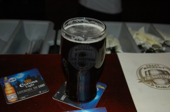 J W Sweetman Craft Brewery: Irish Red, it's beautiful