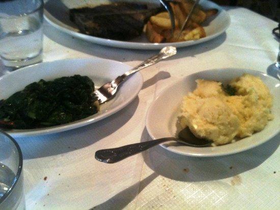 Mediterraneo: Steak spinach and mash