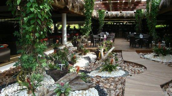 Sirenis Punta Cana Resort Casino & Aquagames: Lobby