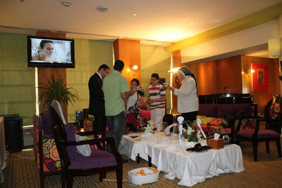 Holiday Inn - Citystars: massage section in lime lounge