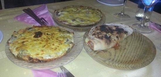 Paparachi : pizzas papareschi, otoñal y calzone.