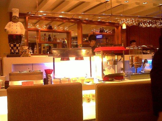 Huashi Hotel: Dining area