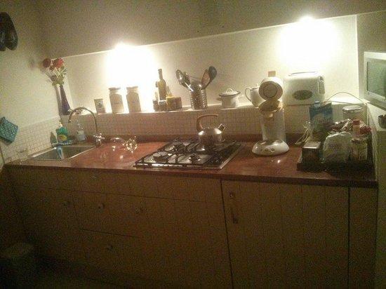 Amsterdam At Home : Studio's kitchen