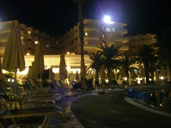 Louis Creta Princess Beach Hotel: LCP at night