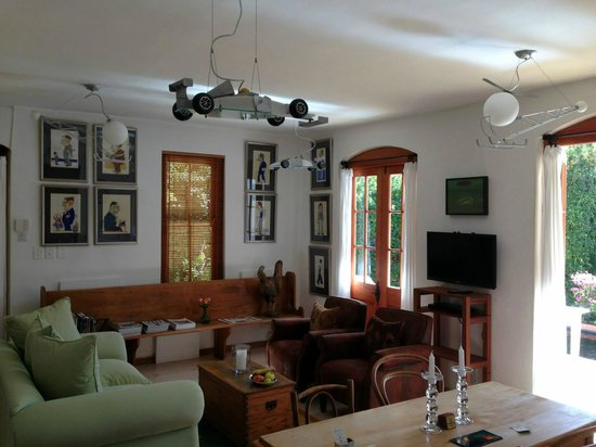 Akademie Street Boutique Hotel and Guest House: Gorgeous lounge