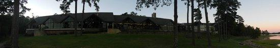 Bismarck, AR: back of the lodge at sunrise
