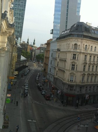 Hotel Stefanie: South, towards Vienna 1, from 4th floor