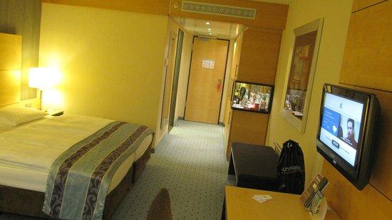 Maritim Hotel Duesseldorf : Chambre