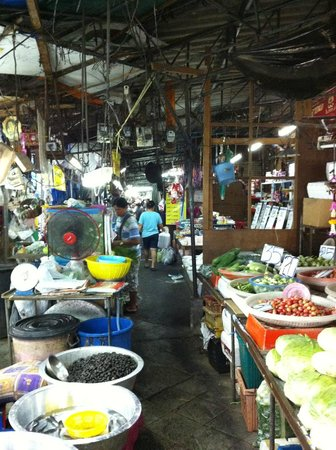 Khlong Toei Market : Khlong Toey Market