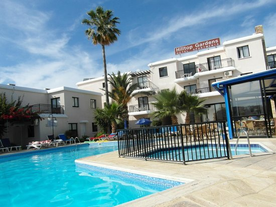Hilltop Gardens Hotel Apartments: pool