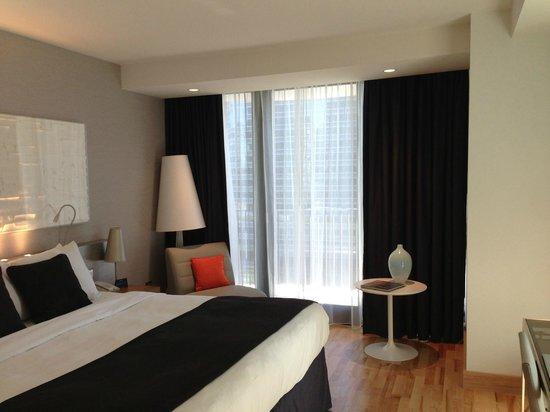 King Balcony Room Picture Of Radisson Blu Aqua Hotel Chicago