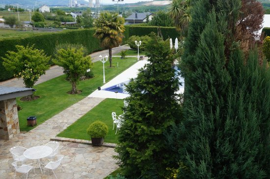 el jardin de vikera boutique hotel reviews ponferrada