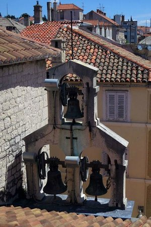Diocletian's Rooms: right outside window of Porto Aurea room