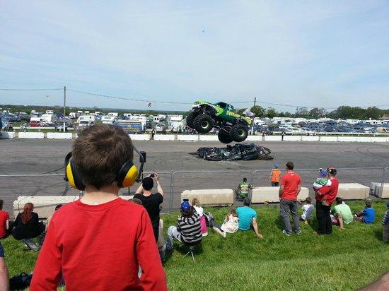 Santa Pod Raceway: Monster truck jump