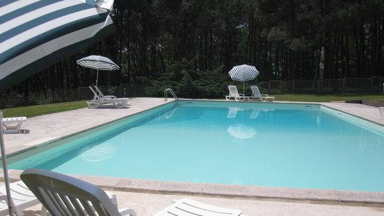 Manoir du Grand Vignoble: Piscine