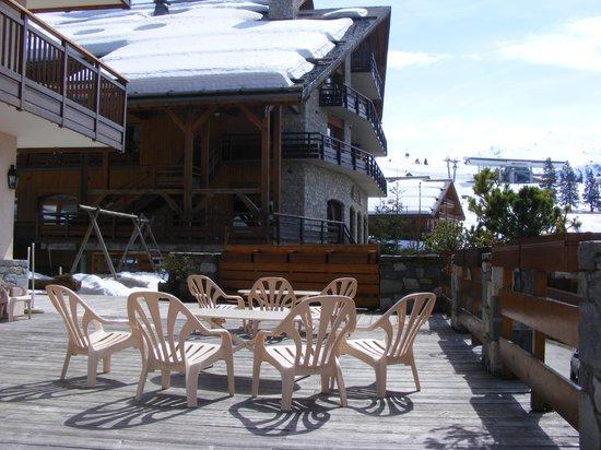 Hotel-Residence Le Merilys : Outside terasse