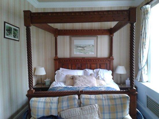 The Inn at Fossebridge: The Fossebridge Room