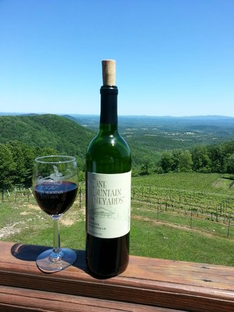 Stone Mountain Vineyards: enjoyed a bottle on the deck