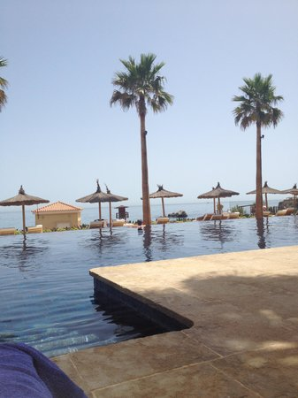 Finca Cortesin Hotel, Golf & Spa: The beach club pool