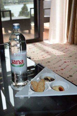 Hotel Monte Mulini: nice touch - welcome refreshments
