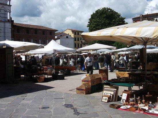 The Antique Market - Picture of Girovita Ristorante, Lucca ...