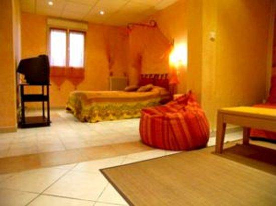 Hotel Le Derby : Chambre Quadruple.