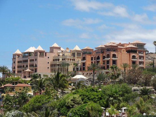 Iberostar Grand Hotel El Mirador: Hotel from a distance