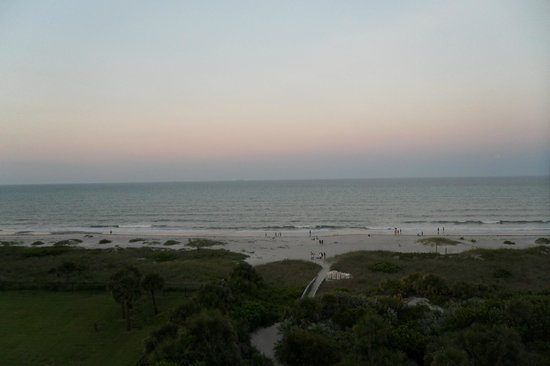 The Resort on Cocoa Beach: From Room 711 with no zoom