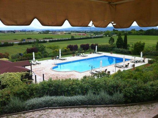 Ripa Relais: piscina