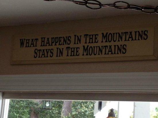 Villa del Monte Winery: Shhhh.....