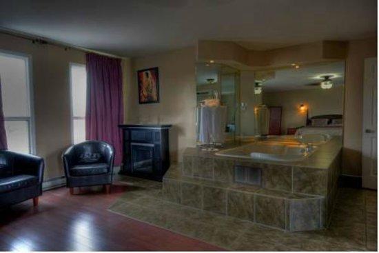 Motel Montcalm: Suite