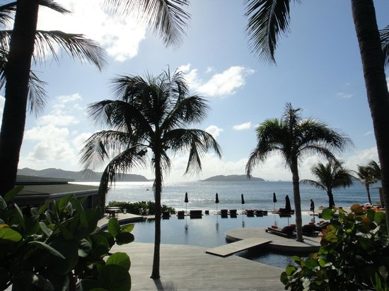 Christopher St Barth: swimming pool area