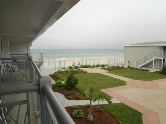 Sea Crest Beach Hotel: View from our balcony