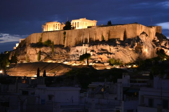 The Athens Gate Hotel: Acropolis from the rooftop Restaurant verandah