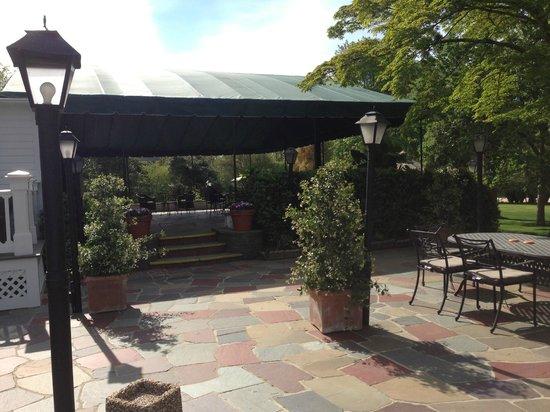 The Hedges Inn: back porch