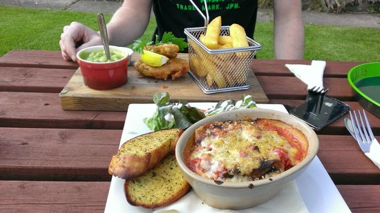 The Farmers Boy Pub and Restaurant: Beautifully presented meals