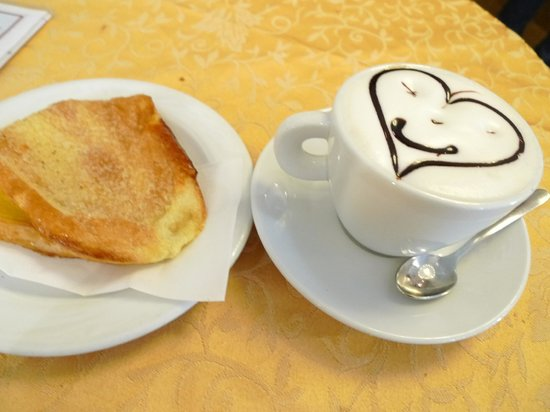 Bites of Florence Tours: morning cup