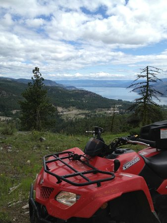 Okanagan ATV Tours: Looking north over Lake Okanagan