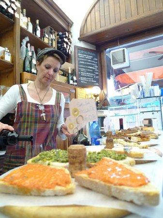 Bites of Florence Tours: wine tasting