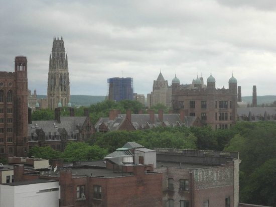 ‪أومني نيو هافن هوتل آت ييل: View of Yale's lovely architecture from my room‬