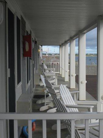 Crow's Nest Resort: First floor neighboring suites