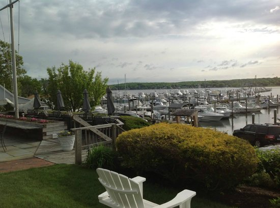 Inn at Harbor Hill Marina: View from the back porch
