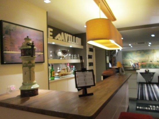 展覽會酒店(埃菲爾鐵塔)照片
