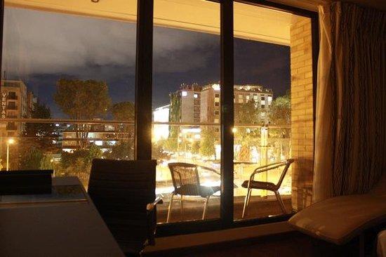 Jazz Apartments: Vista de la habitación