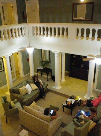 Royal Villas at Half Moon: Living Room Villa 85