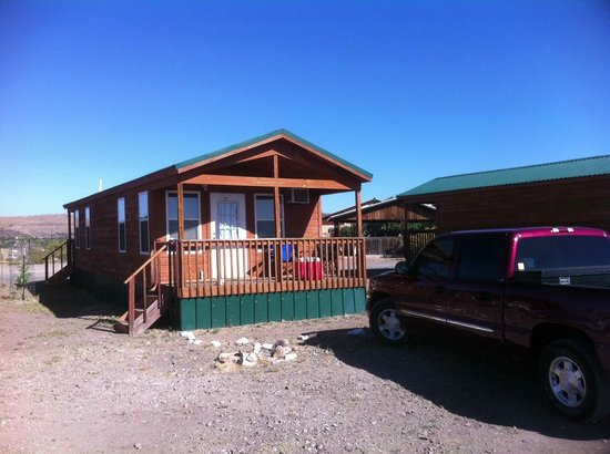 Mountain Trails Lodge: Our Cabin with Drive Up Parking