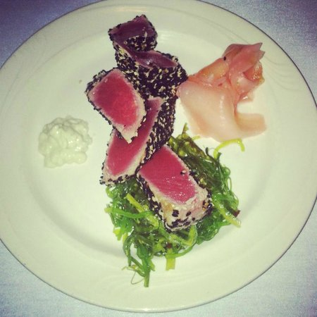 Willamette Valley Grill: Seared Ahi
