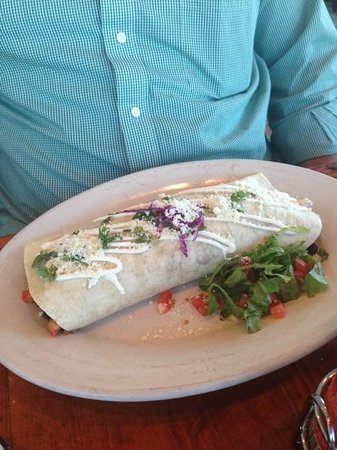 Tower 7 Baja Mexican Grill: Delicious Tower 7 burrito with carne asada!!  Best burrito my husband's ever had, and he grew up